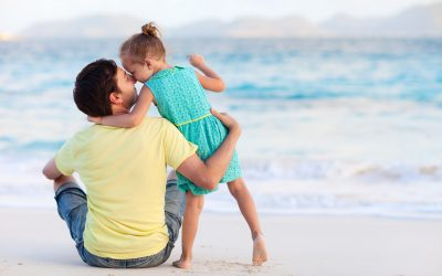 Счастливы отец со своей дочерью